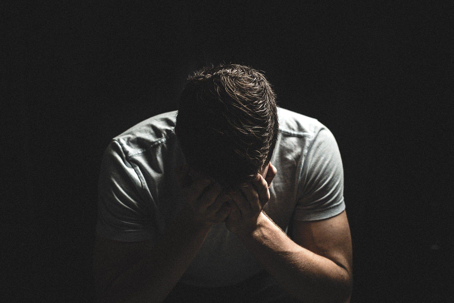 Souffrance tristesse déprime angoisse